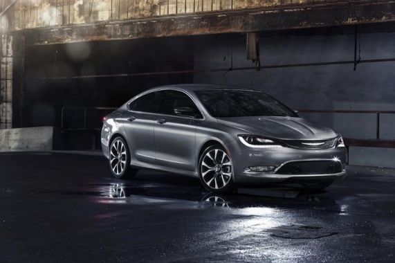 Start-Stop Mechanism for Next Year's Chrysler 200