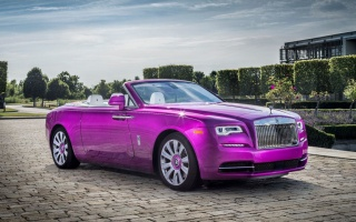 Custom Car: Rolls-Royce Dawn In Fuxia Color
