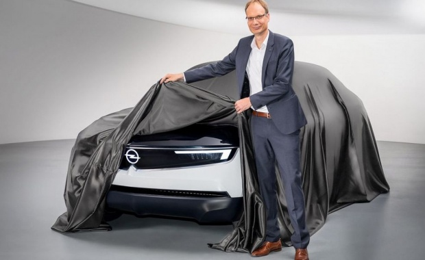 "Opel opened the ""face"" of a novelty"