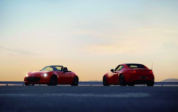 Mazda MX-5 appeared in an anniversary performance