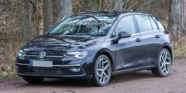 New Volkswagen Golf debut postpones