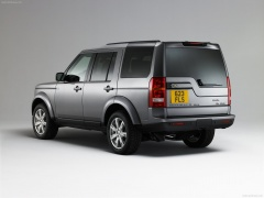 Land Rover Discovery III pic
