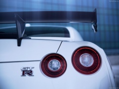 nissan gt-r nismo pic #131405