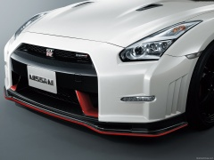 nissan gt-r nismo pic #131412