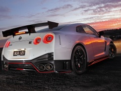 nissan gt-r nismo pic #174544