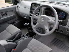 nissan np300 pic #66935