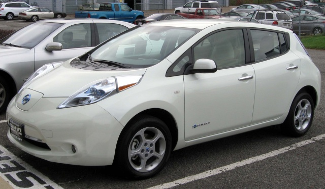 Nissan Leaf Outsold Chevy Volt in July 2013 Deliveries