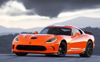2014 SRT Viper Price Rose to $103,990