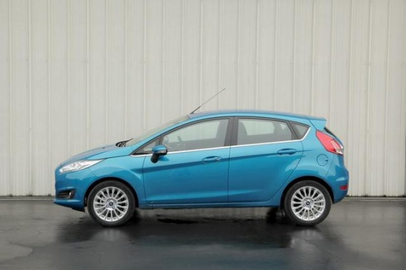 2014 Ford Fiesta 1.0L EcoBoost Rated 32/45 MPG