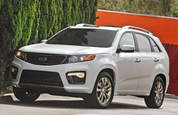 Kia Sorento Being Investigated Because of Shattered Sunroofs
