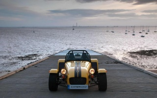 Californian Release of Two Caterham Cars