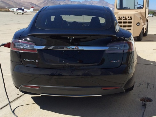 Images of Tesla Model S P85D in America