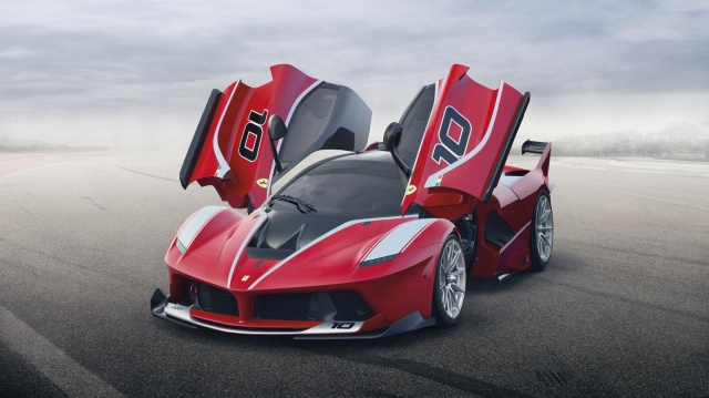 Ferrari FXX K Has Shown Itself for the First Time on Images