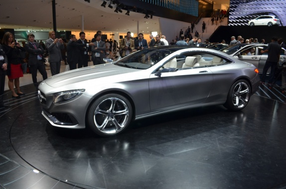 S65 AMG Coupe from Mercedes to be Presented in Geneva