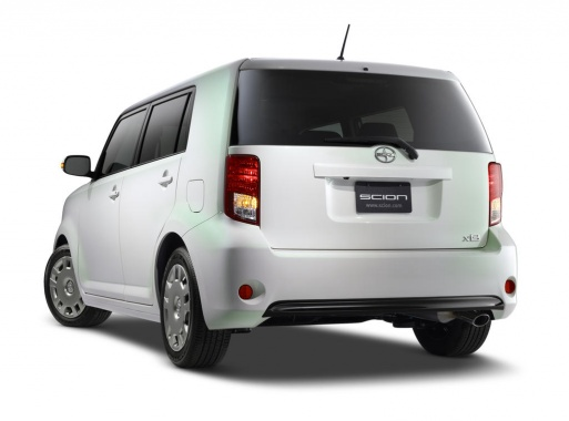 Fresh Fruity Look of Scion xB Release Series 10