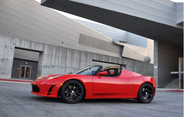 Mid-Cycle Renovation for Tesla Roadster