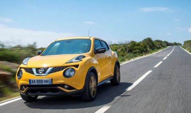 Nissan Jukes Leaves Manuals Behind