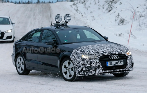 Paparazzi caught Facelifted Audi A3 Sedan