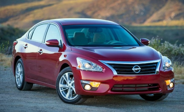 Hood Latch Issue in Nissan Altima led to a Recall