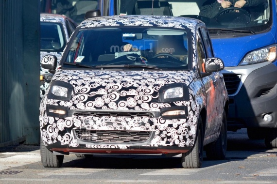 Spy Pictures of 2017 Fiat Panda's Facelift