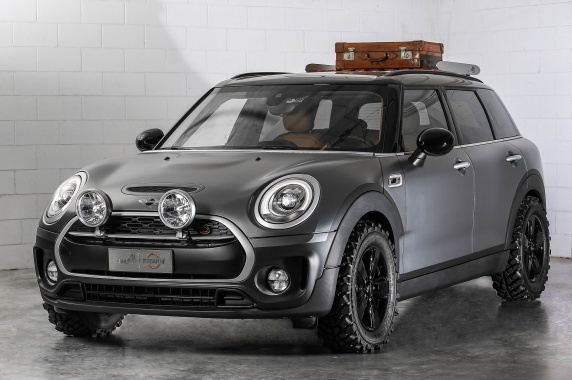Off-Road Attitude of MINI Clubman ALL4 Scrambler Concept
