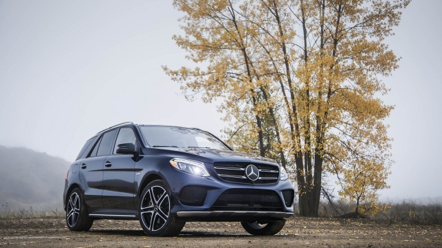 Mercedes Recalls GL- and GLE-Class: Passenger Airbags