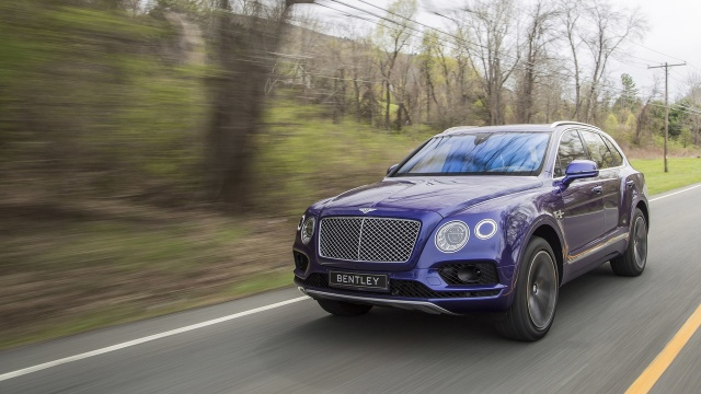 Bentley Bentayga's Smaller Relative Can Go Electric