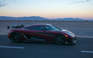 So Fast! 277.9 MPH From Koenigsegg Agera RS