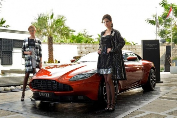 Women In China Wants Aston Martin!