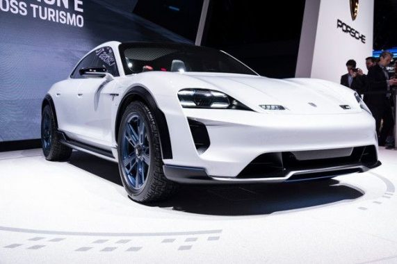 The first Porsche without ICE will receive a Turbo version