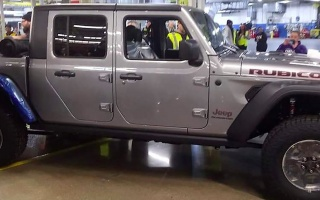 Jeep Gladiator began own production