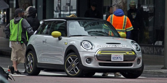 MINI Cooper SE electric car will debut soon