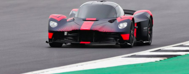 Aston Martin Valkyrie Hypercar drove onto a race track for the first time (VIDEO)
