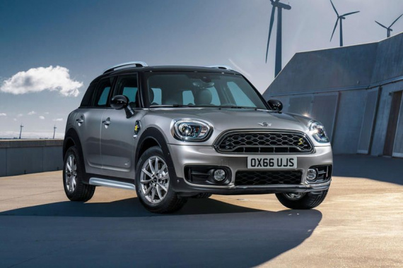 Hybrid Mini Countryman received an increased traction battery