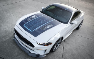 Ford turns Mustang into a 900-horsepower electric car