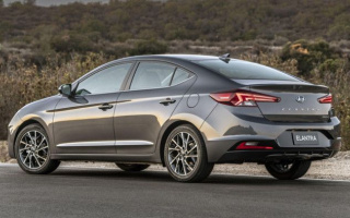 A new generation of Hyundai Elantra soon begin its sales