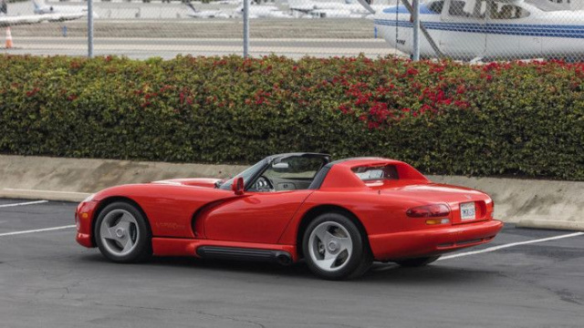 First Dodge Viper sold more expensive than planned
