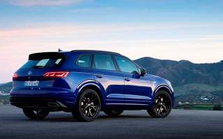 Volkswagen Touareg turned into a 462-horsepower hybrid