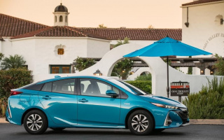 Toyota Prius will appear in a particular version on the 20th anniversary