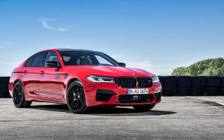 Now updated BMW M5 officially presented