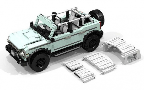 A replica of the Ford Bronco SUV from Lego