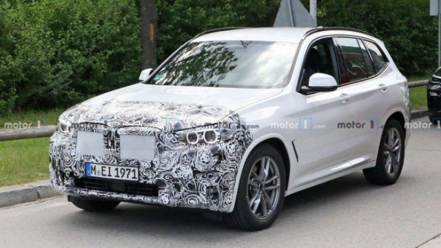 The updated BMW X3 began testing