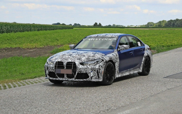 New BMW M3 photographed with minimal camouflage