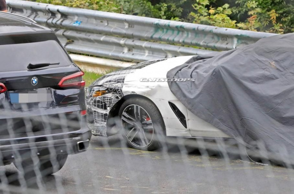 An unknown prototype BMW M8 was involved in an accident in tests