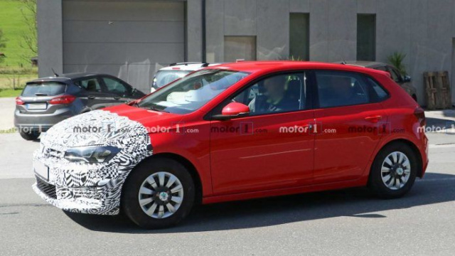 New Skoda Fabia undergoes tests in the body of the Volkswagen Polo