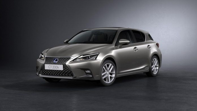 Lexus removes three models from Europe