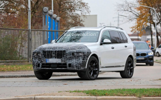 BMW X7 tested on public roads