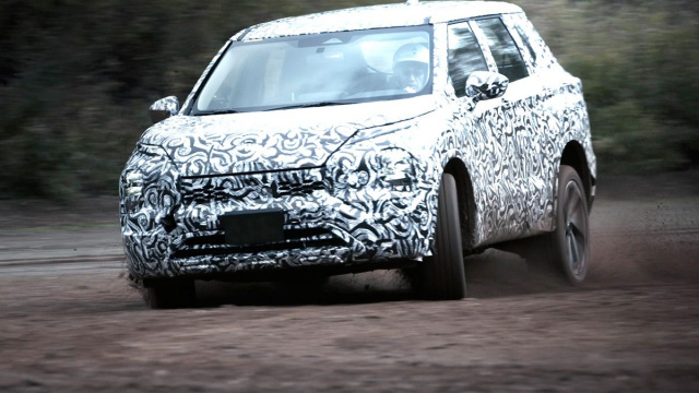 New Mitsubishi Outlander showed in a video for the first time