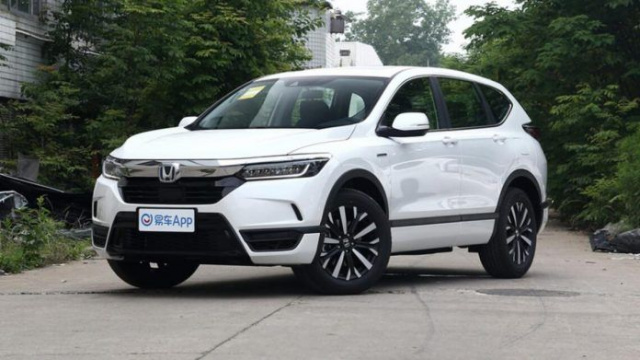 Honda shows an updated version of the Breeze crossover