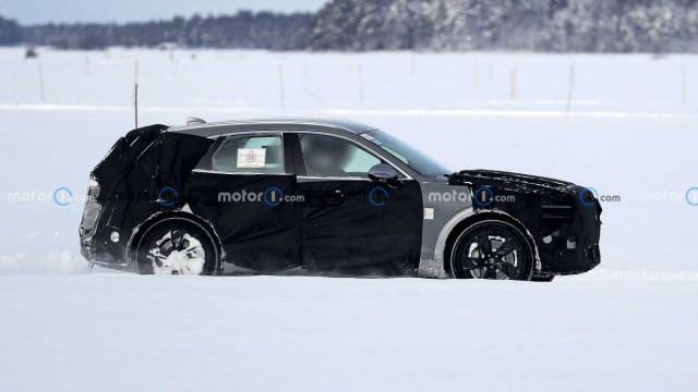 Genesis GV70e electric crossover tests have started